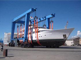 marine-travel-lift-2