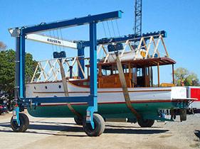 marine-travel-lift-6