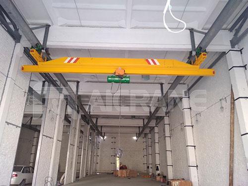 2ton-overhead-crane-in-Uzberkistan