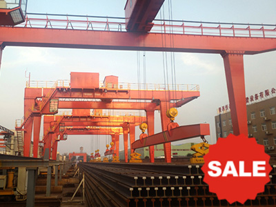 Rubber-Tire-Gantry-Crane-for-Steel-Pipe-Handling